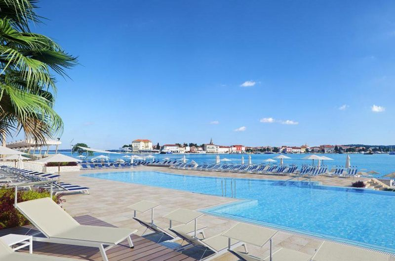 Valamar-Isabella-Hotel-Pool