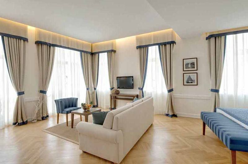 3VPValamar-Villa-Parentino-Room-Superior-2
