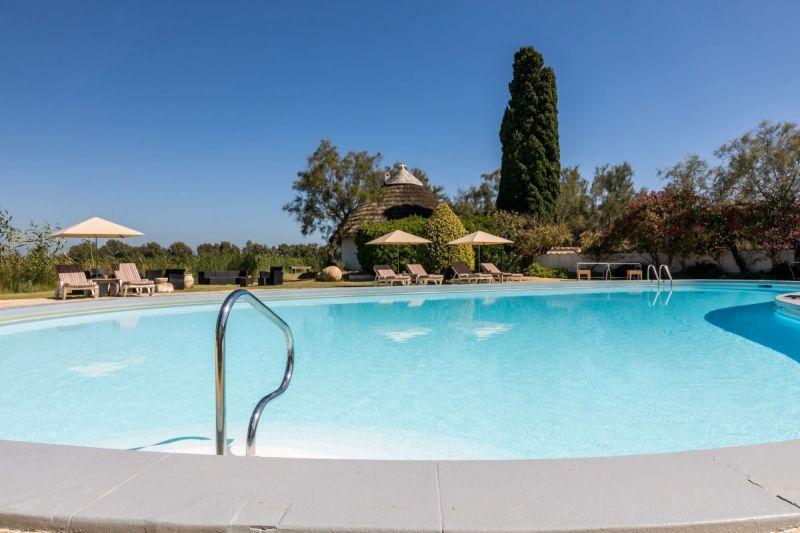 piscine-dtente-camargue-auberge-cavaliere-du-pont-des-bannes-22