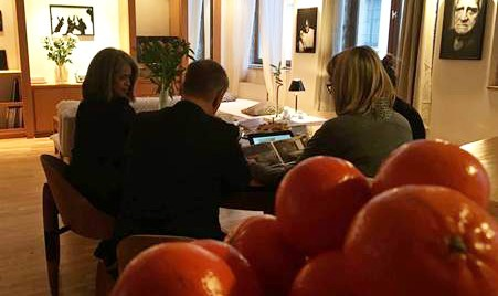 Andrea Küpper & partners reçoit en appartement