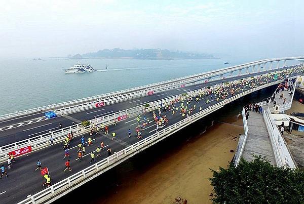 Marathon-style Flourishing in China